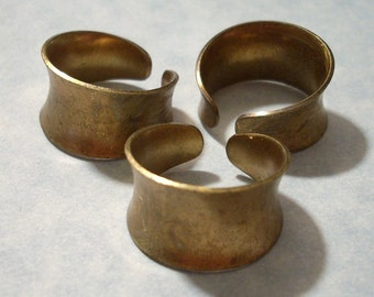 3 Vintage Brass Rings Adjustable Concave Ring Blanks