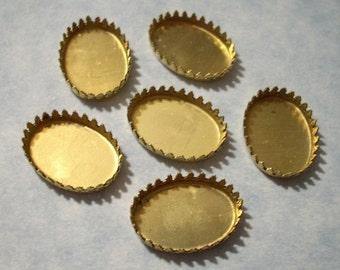 6 Vintage Brass Crown Edge Oval Settings - 18mm x 13mm Flat Back Settings