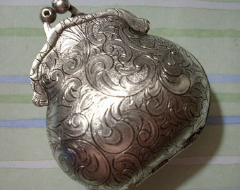 Etched Floral Design Purse Locket, Purse Pendant, Locket Pendant, Brass Locket, Purse Charm, Oxidized Silver Made in USA