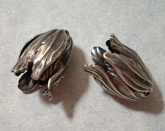 2 Large Antique Silver Blooming Tulip Beads