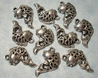 25 Koi Fish Charms