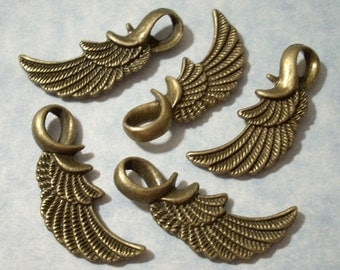 5 Wing Charms - Antique Bronze - 11 x 32mm