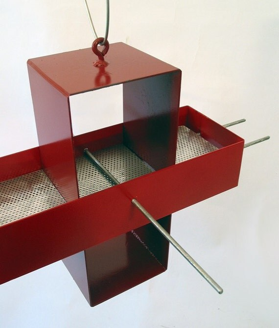 Plus Modern Bird Feeder in Colonial Red and Apple Red