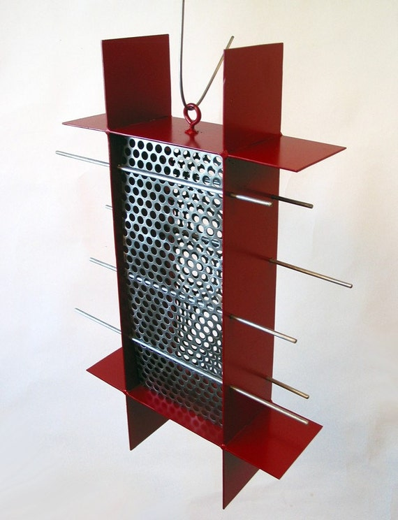 Sunscreen Sunflower Seed Bird Feeder in Colonial Red