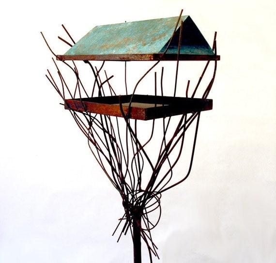 Sculptural Bird Feeder 238