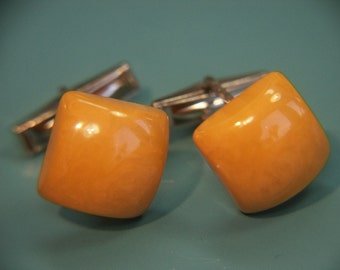 Pair of cufflinks with genuine tested vintage 1950s opaque slightly swirled yellow bakelite plastic square beads and silvercolor metal parts