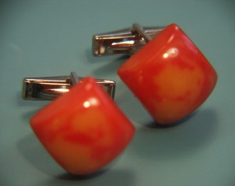 Pair of cufflinks with genuine tested vintage 1950s opaque flamy swirled red yellow bakelite plastic square beads + silvercolor metal parts