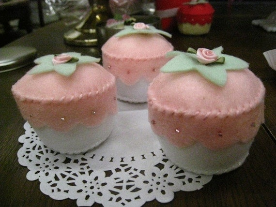Set of 3 Pink and Perfect Felt Cupcakes