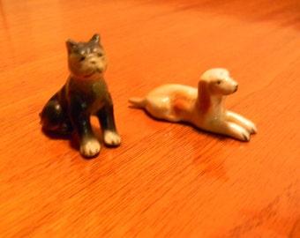 Vintage Pair of Porcelain Dog Figurine Knick Knacks
