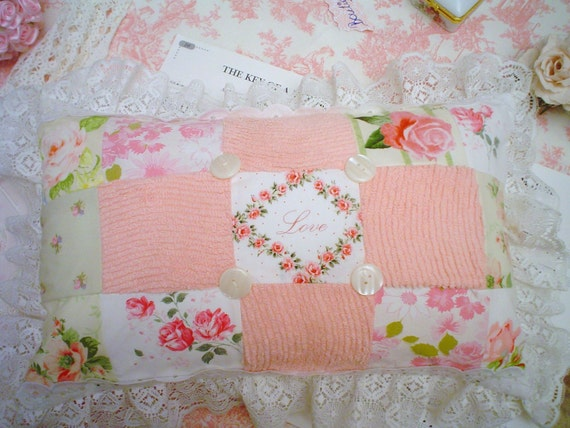 Vintage Chenille Shabby Pink roses Patch work chic and Romantic LOVE Cottage Pillow