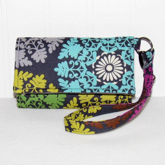 LITTLE TECH Cell Phone Case Wristlet iPhone Droid Wallet for Smart Phones / Lace Medallions on Gray