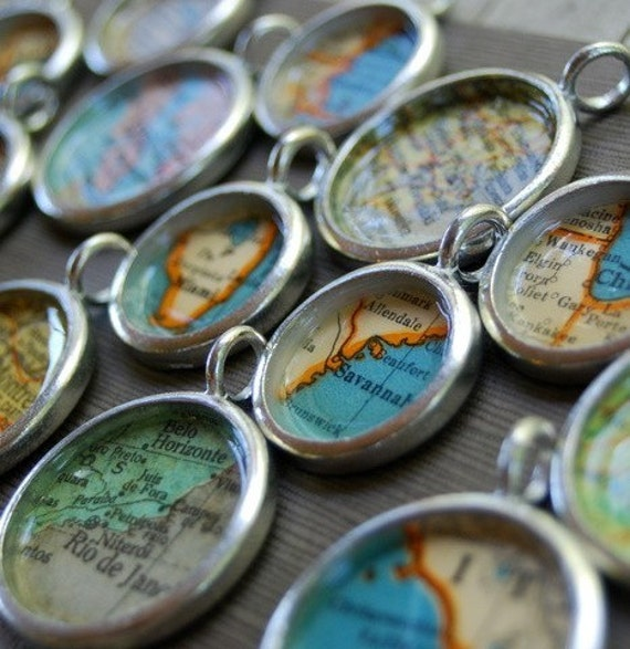 Personalized Vintage Map Necklace - You Pick City - Great Gift for Mom