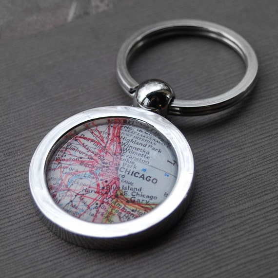 Chicago Illinois - Vintage Map Key Chain - Great Gift for Friends