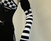 Black and White Striped Puff Top Arm Warmers Gloves S/M - aNGrYGiRL Gear