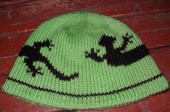 Lizard Double knit hat pattern and chart in 3 sizes