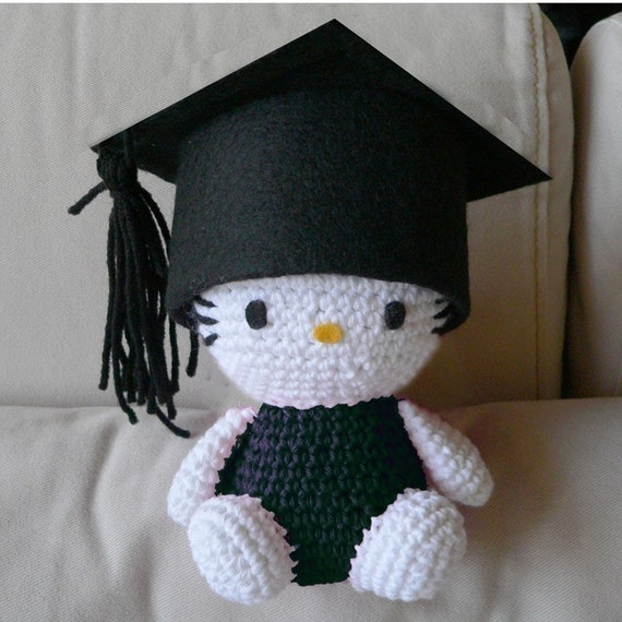 Crochet Pattern Minnie Mouse Doll : Amigurumi Graduate Hello Kitty School Graduation Doll Crochet