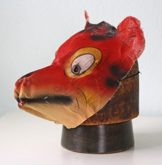 Vintage Painted Gauze Red Wolf Mask