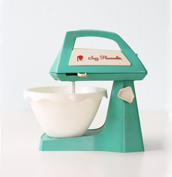 Just Like Home Toy Stand Mixer : Vintage suzy homemaker toy mixer