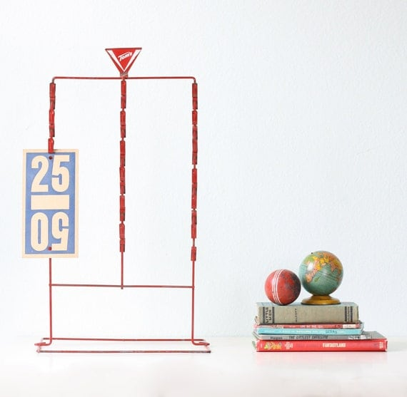 RESERVED Vintage Red Clip Stand - Tom's