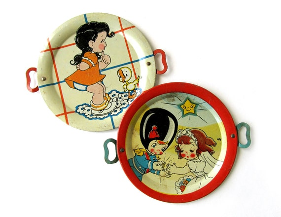 Tin PLATES Toy Platters - Set of 2 Tin Toys