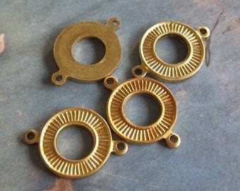 4 PC Raw Brass Deco 2-way Connector/Link Finding -  Q0263