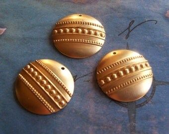 2 PC Raw Brass Domed Medallion / Shield Finding - P0366