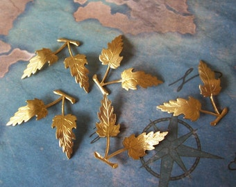 2 PC Natural Brass Leaf and Branch Finding - II24