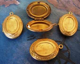 1 PC  Brass Oval Recessed Vintage Locket Finding - LF0883