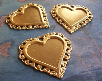 2 PC Raw Virgin Brass Victorian Heart Frame Pendant / Jewelry Finding - Vintage Style - ZNE P0354