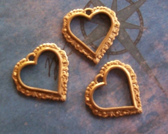 4 PC Raw Brass Small Victorian Heart Finding - P0351
