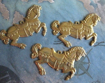 1 PC Brass Stamping Carousel Pony / Merry-go-Round / Fancy Horse Pendant Finding - X0015