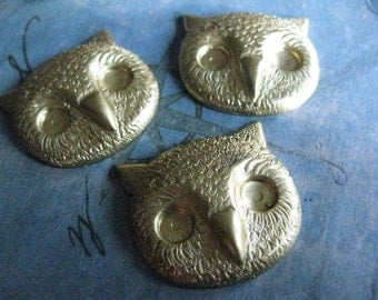 2 PC Raw Brass Large Horned Owl Head Jewelry Finding / Charm / Pendant - DD08