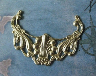 1 PC Raw Brass -  Large Edwardian Swag / Drop Finding - 0005T