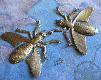 1 PC Brass Nouveau Yellow Jacket / Wasp Stamping - LL03