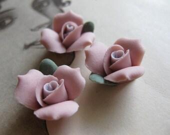 4 PC Antique Rose Porcelaine Flower Cabochon / German Bisque - 17mm