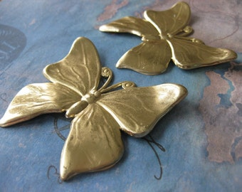 1 PC Raw Brass Large DECO Butterfly finding -TT02