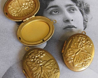 1 PC Art Nouveau Butterfly and Flowers Brass Locket