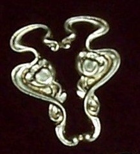 2 pc Brass Stamping Art Nouveau / DECO Vintage Flowers - Raw Brass Brooch or Pendant Finding - H0178