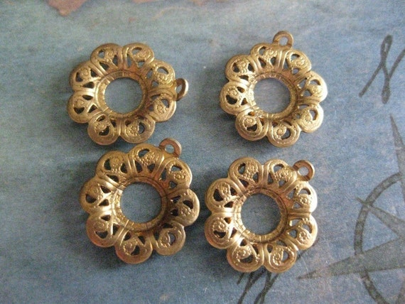 2 PC Brass Filigree Ring / Flower / Circle - X0005