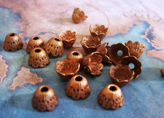4 PC  Brass Victorian Bell Flower Bead Cap / Jewelry Finding 6-8mm Beads - C0058