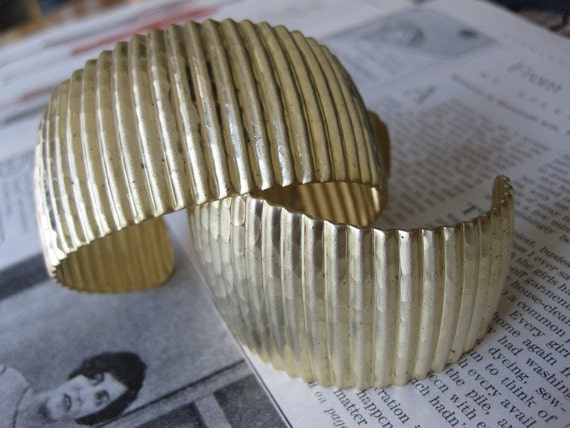 Unfinished Raw Brass Hammered Domed and Tapered Accordian Ribbed Cuff Base - B110