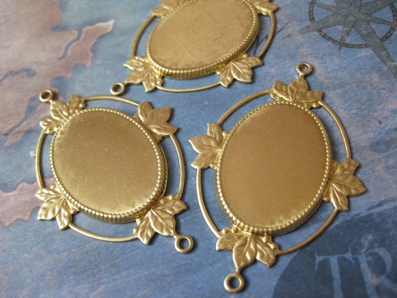 2 PC Raw Brass Victorian Open Back Cabachon / Cameo Frame 25 x 18 - QQ22
