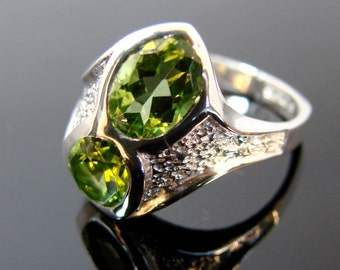 70% OFF Going Out of Business Sale.. ..Evening - Sterling Silver Ring with Peridot- size 9