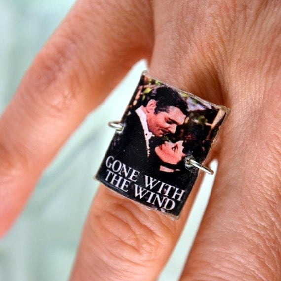 Gone With The Wind Resin Ring Size 6