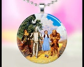 Wizard of Oz 1 inch Circle Pendant With Chain