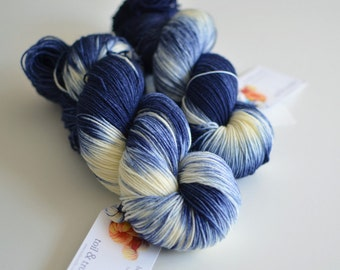 Doctor Who inspired yarn - Starry Starry Night - Hand Dyed - Fingering Weight Merino Wool - Dark Blue and Cream - Van Gogh Sock Yarn