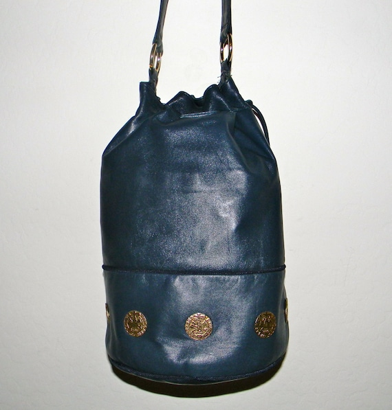 Vintage navy blue leather bucket bag, Adrienne Vittadini, duffle bag ...