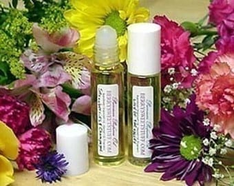 Sweet Pea Perfume Oil Fragrance Scent Roll on Perfume - Vegan - Floral Perfume Cologne - Paraben-free - Sweet Pea Scented Perfume Oil