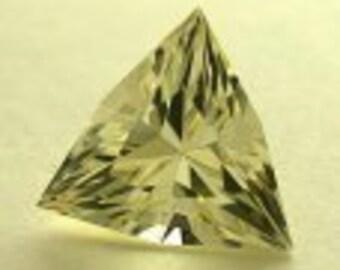 VINTAGE Golden SUNSTONE faceted gemstone Fancy Trillion 3.33 cts FG75