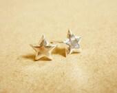 Small Star Ear Studs - 925 Sterling Silver Earrings - 3D Stars